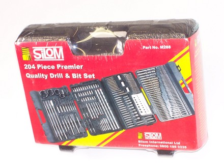 "A 204 PIECE KIT – These are high quality tools, well packaged, manufactured to the best professional standards.    Box size 16"" wide, 11.1/2"" high x 4"" wide, weight = 5KG    Including high quality HSS titanium coated drills 1 through 8mm - extra drills for smaller sizes - HSS polished drills to 10mm - all types of bits - Pozi - Phillips - Slotted - Nut drivers - Flat wood bits - Hole saws - Masonry drills.  A high quality packaged kit."